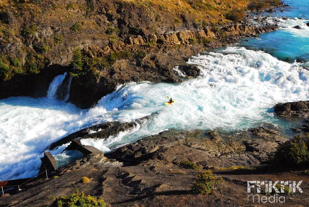 Mikel Sarasola, Patagonia en kayak
